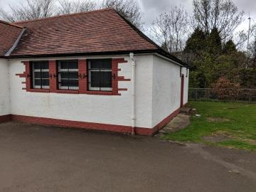 Pavilion in Roseburn Park after graffiti painted over
